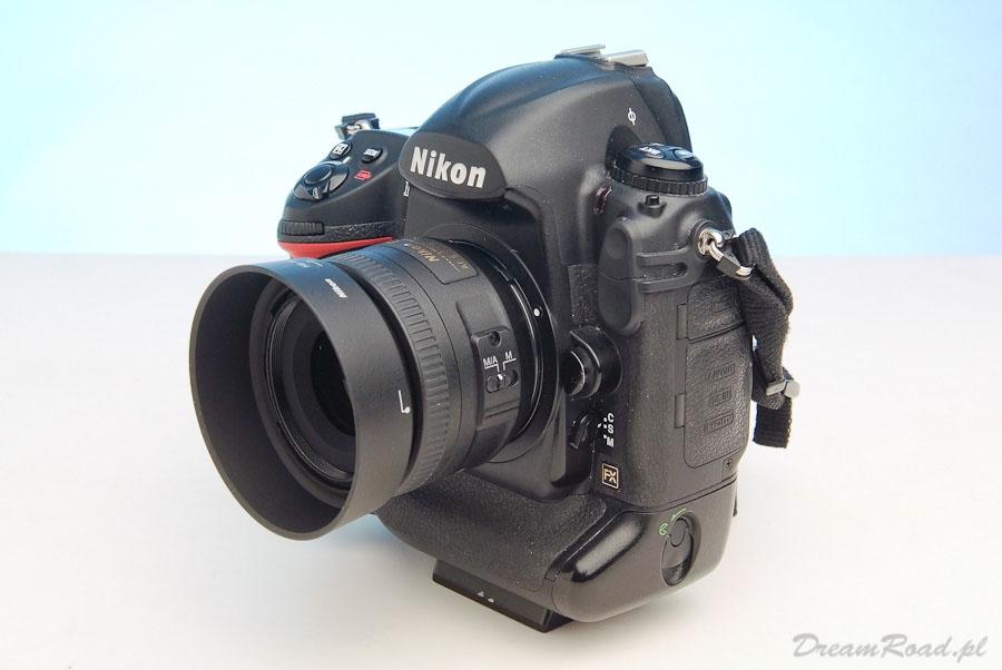Aparat na podróż Nikon D3